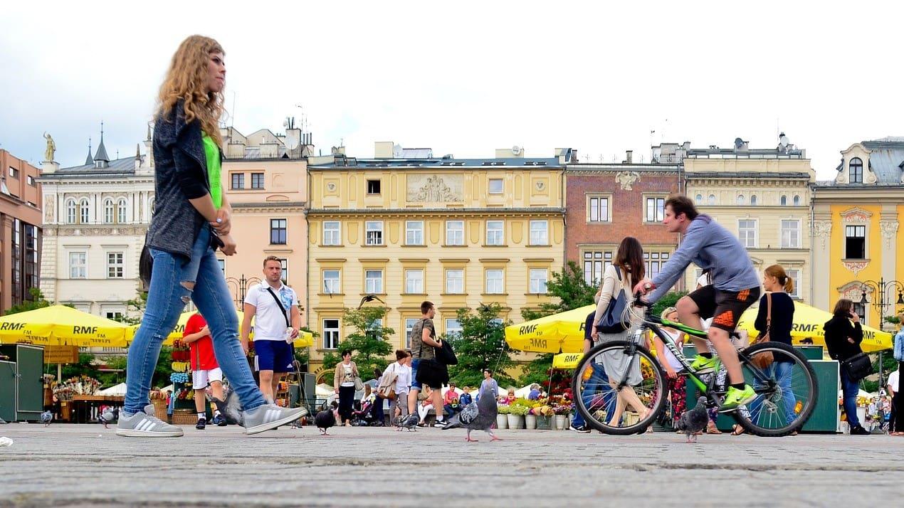Ukraińcy na dłużej w Polsce - raport agencji EWL