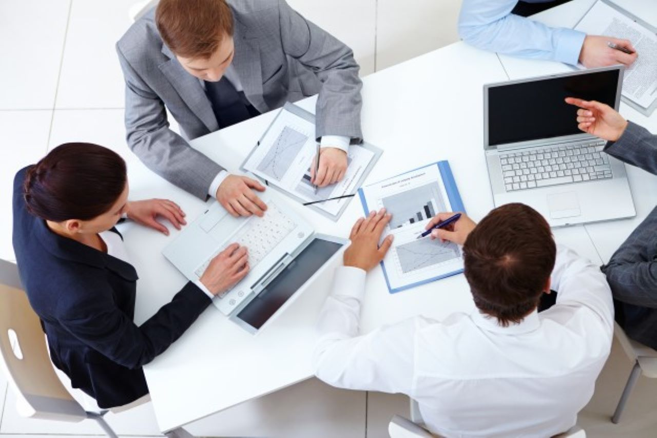 sluzby-leasingu-zamestnancu