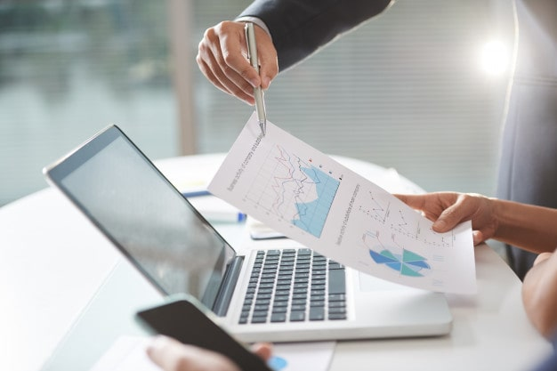 vyhody-outsourcingu-procesu